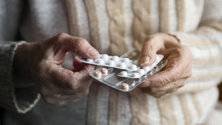 Antidepressant Usage and Lung Disease in Elderly